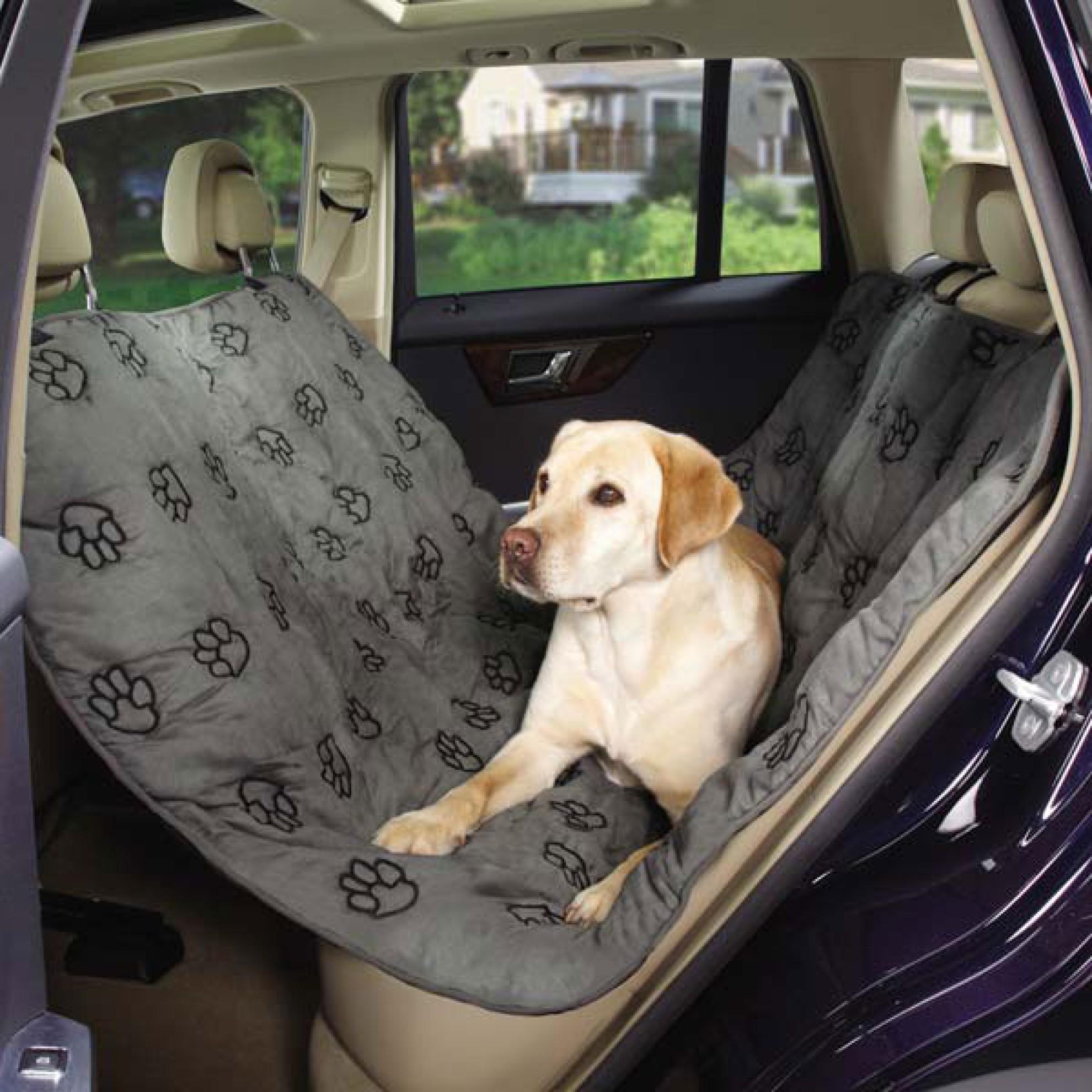 hunde autoschondecke mit pfotenstickerei grau r cksitz schondecke. Black Bedroom Furniture Sets. Home Design Ideas